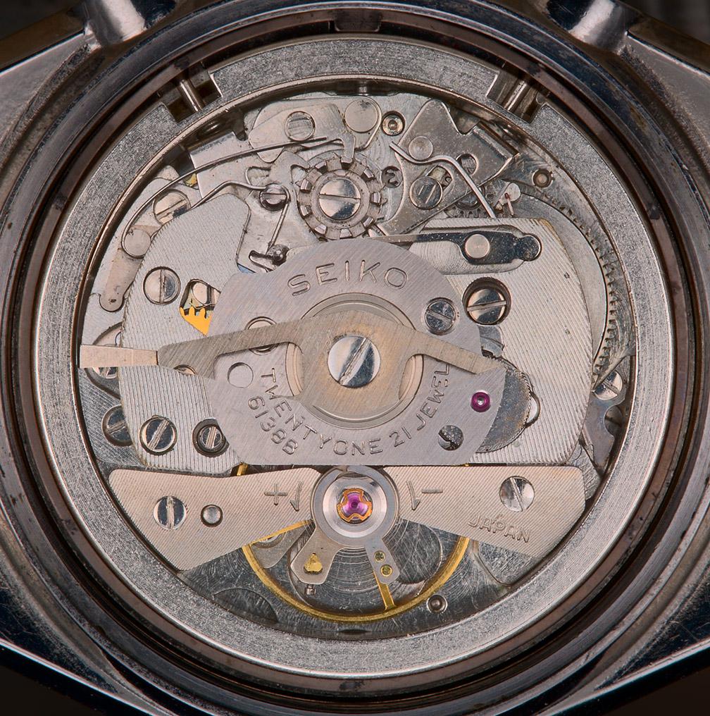 Hope On >> Seiko chronograph, Cal. 6138B